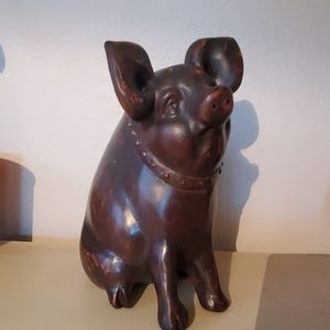 Adorable decor pig
